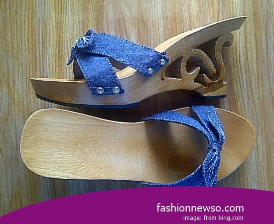 Sorts Of Motif Traditional Sandals Selop From The Stem Of Bananas