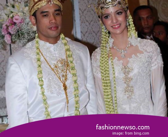 Price Of Apparel Typical Traditional Brides North Kalimantan In Indonesia