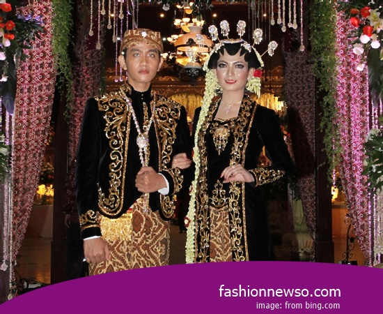 Some Motif Of Clothing Traditional Weddings Jambi Malay In Indonesia