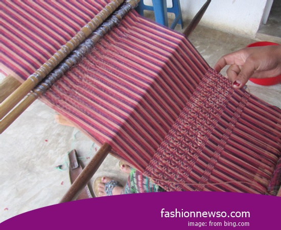 Wholesale Place Of Fabric Songket Traditional Banana Stem In Indonesia