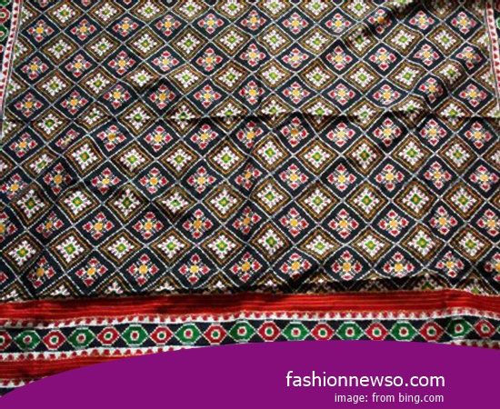 Price Of Woven Cloth Traditional With Gold Yarn In Indonesia