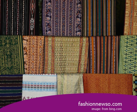 Multiple Models Ulos Fabric Traditional Alor In Indonesia